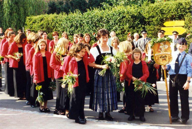 20000723-125-jähriges-Gründungsfest-20000722-Blumenniederlegung