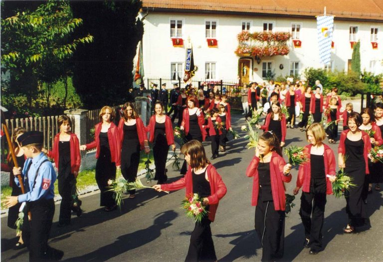 20000723-125-jähriges-Gründungsfest-20000722-Festmädchen