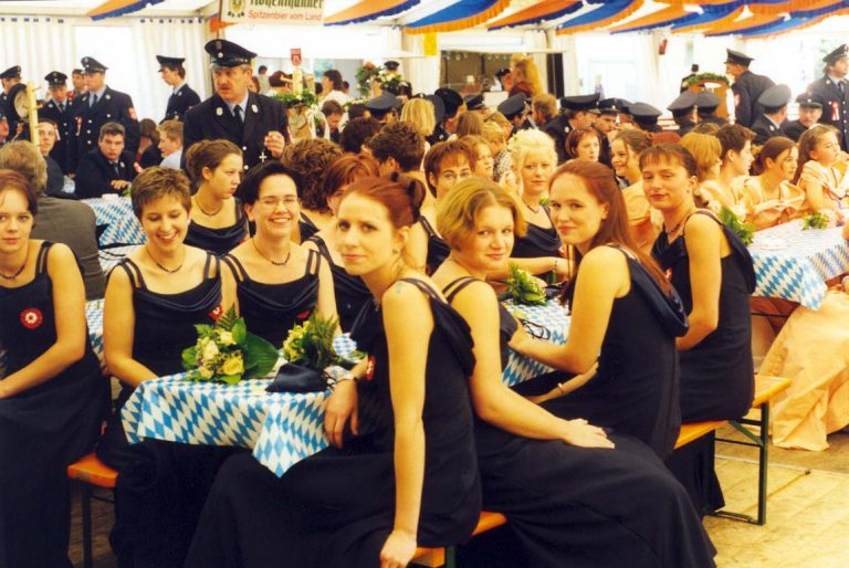 20000723-125-jähriges-Gründungsfest-20000723-Festdamen-Zelt