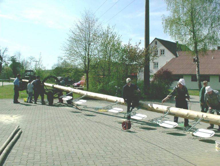 20040501-Maibaumfest-02