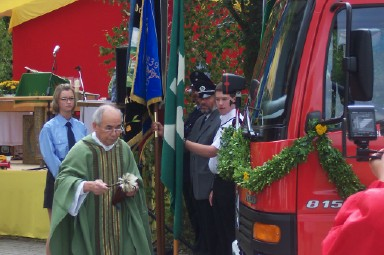 20040822-Dorffest-Fahrzeugweihe-07