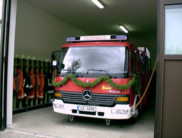 20040822-Dorffest-Fahrzeugweihe-08
